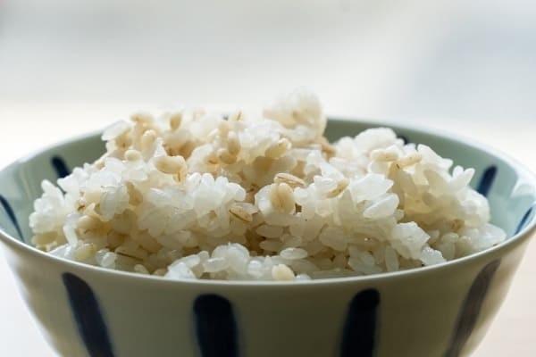 抜くべき糖質はご飯より白砂糖