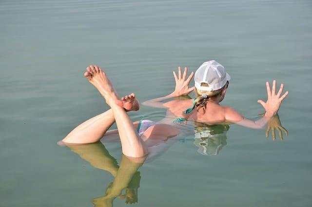バラカのバスソルト(死海の塩)の効果とは?敏感肌や乾燥肌の人たちの口コミは?