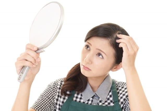 糖質制限ダイエットをすると,はげる?抜け毛が増える理由とは?食後高血糖